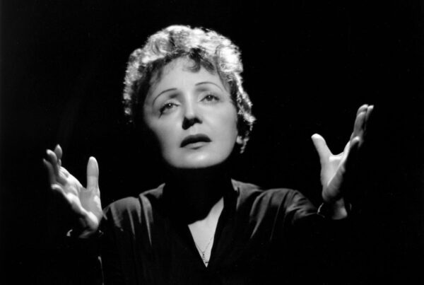 Non, Je Ne Regrette Rien by Édith Piaf: French Lyrics & English Translation